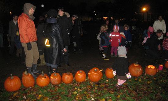 Pumpkin-Parade-2012-1